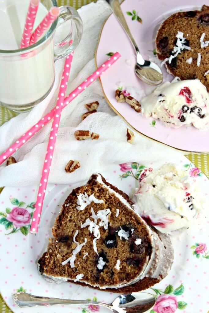 Bundt Cake With Dates