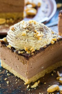Chocolate Peanut Butter Cheesecake with no cracks or cooking time, because this delicious cheesecake is no bake with an amazing creamy texture.