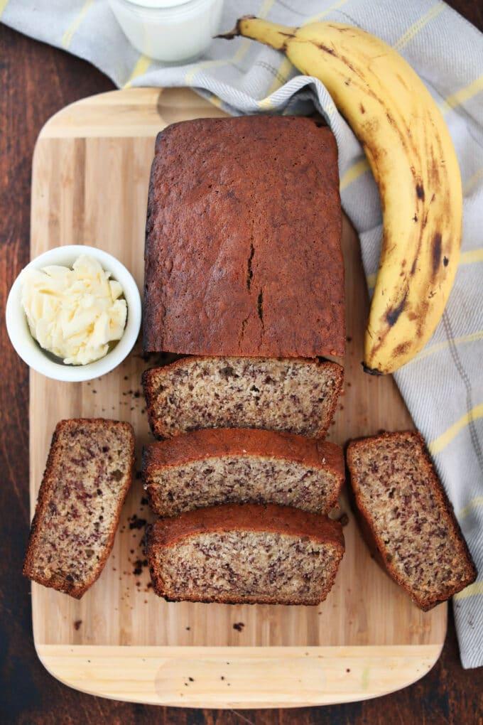 Best Homemade Banana Bread Recipe
